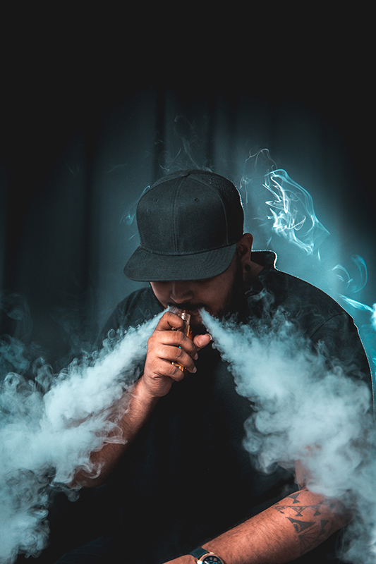 Vape model with vape smoke effect